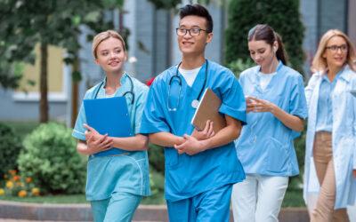 Neue Studienplätze für Medizin in Bielefeld – höhere Fachsemester sind auch willkommen